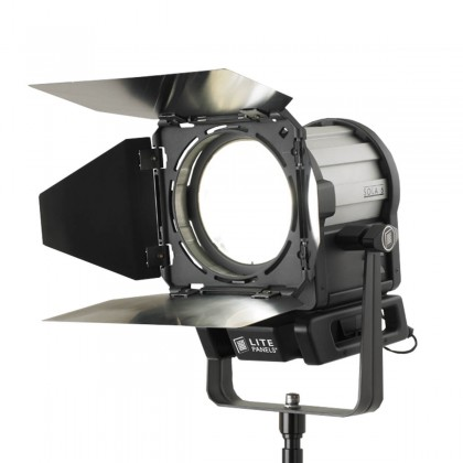 Sola 6C - Daylight LED - Projecteur LED 104 W